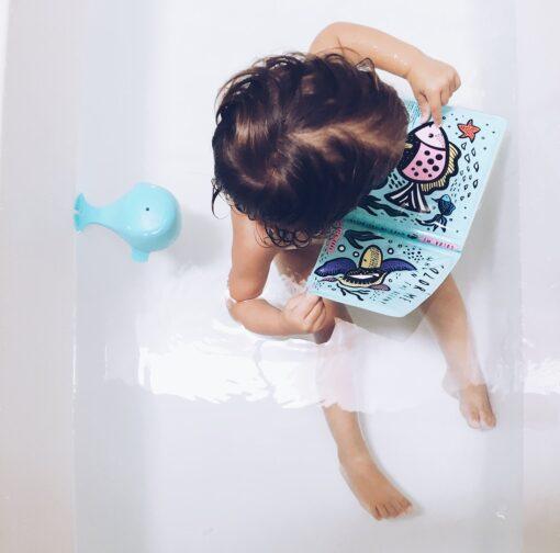 Wee Gallery knjiga za kupanje Color Me -  Water